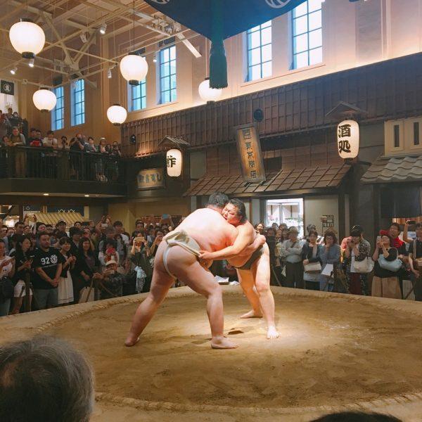 8月27日(日) 元力士による相撲パフォーマンス